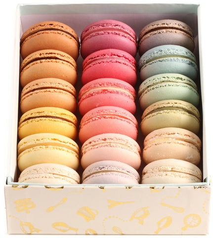 Assorted 18 macarons