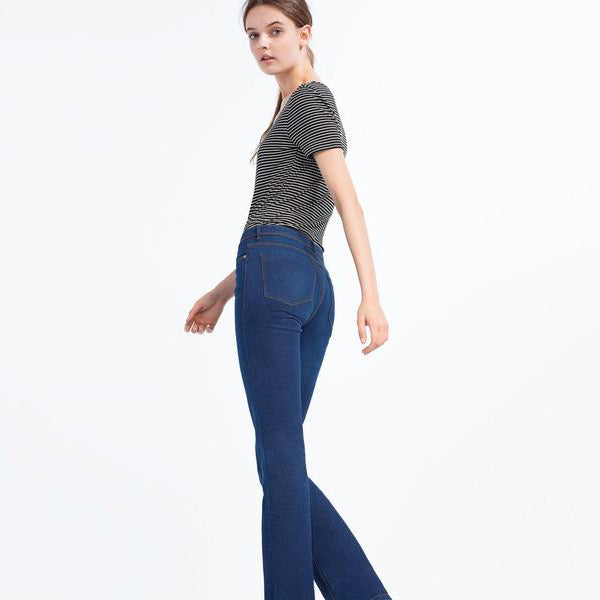 """ESSENTIAL FIT"" FLARED SKINNY JEANS"