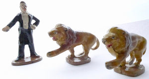 Wend-al two circus lions and ring master