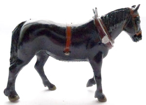 Britains field horse with collar, brown