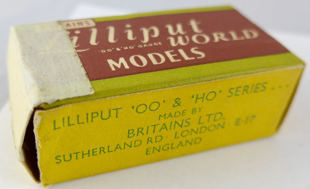 Britains Lilliput series picture pack cows