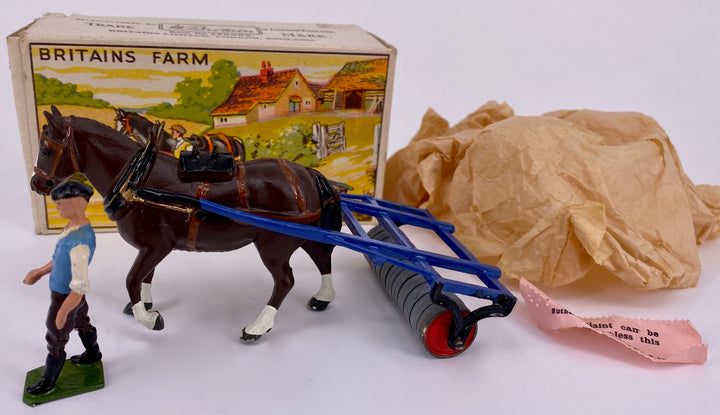 Britains Farm Series horse roller 9F, boxed