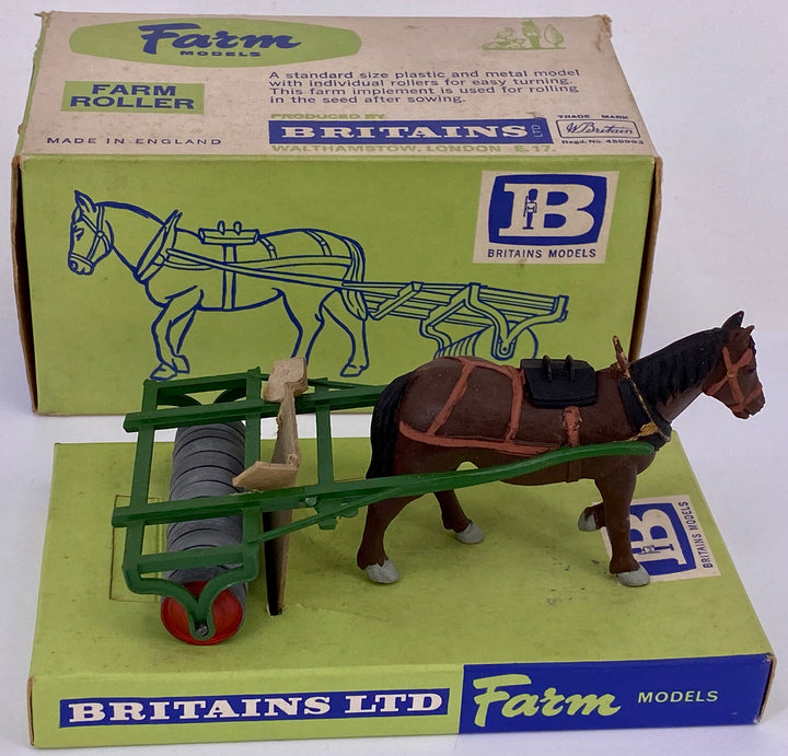Britains Farm Series farm roller 9504, boxed