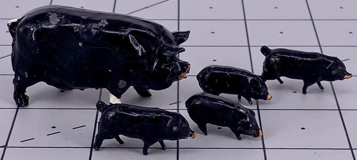 Britains black Berkshire pig with four piglets