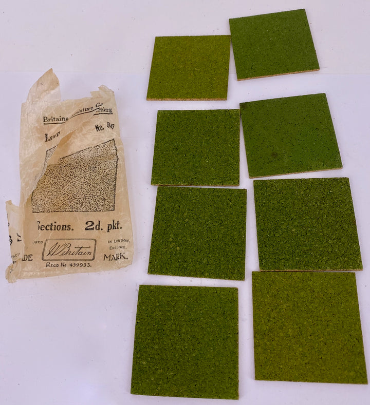 Britains Miniature Gardening packet of 8 lawn squares C