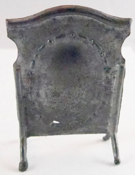 Barrett & Sons fire screen
