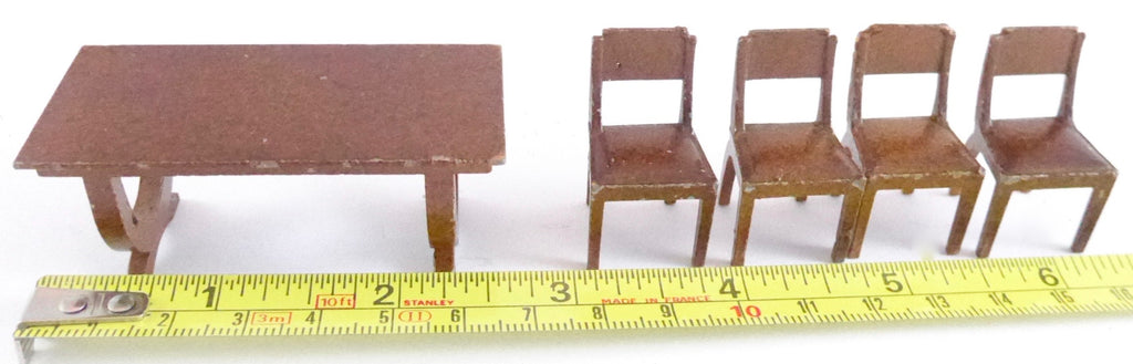 Meccano Dinky Toys Dolly Varden table and four chairs