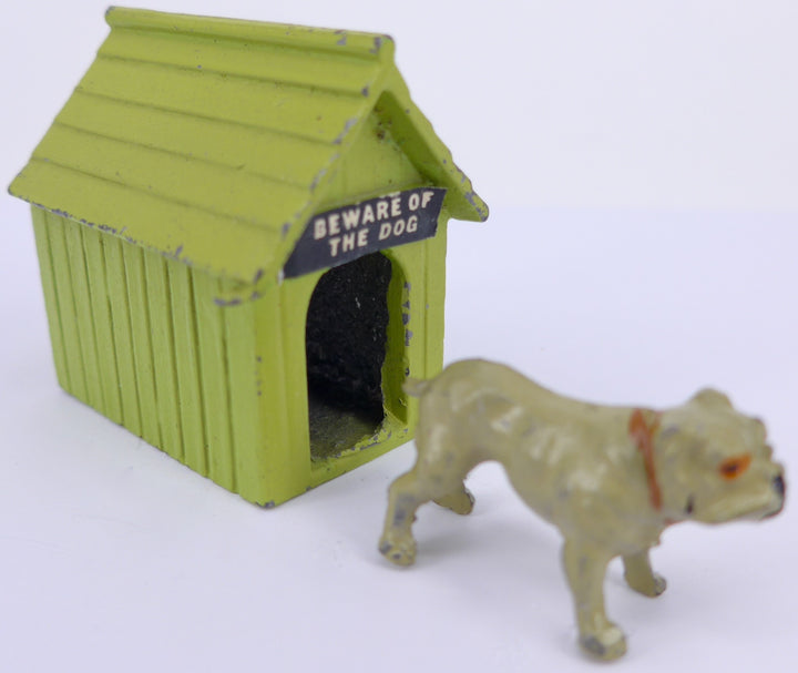 light green Johillco kennel with bulldog