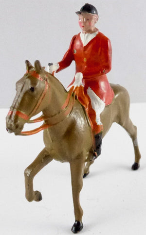 Britains Hunt Series huntsman trotting