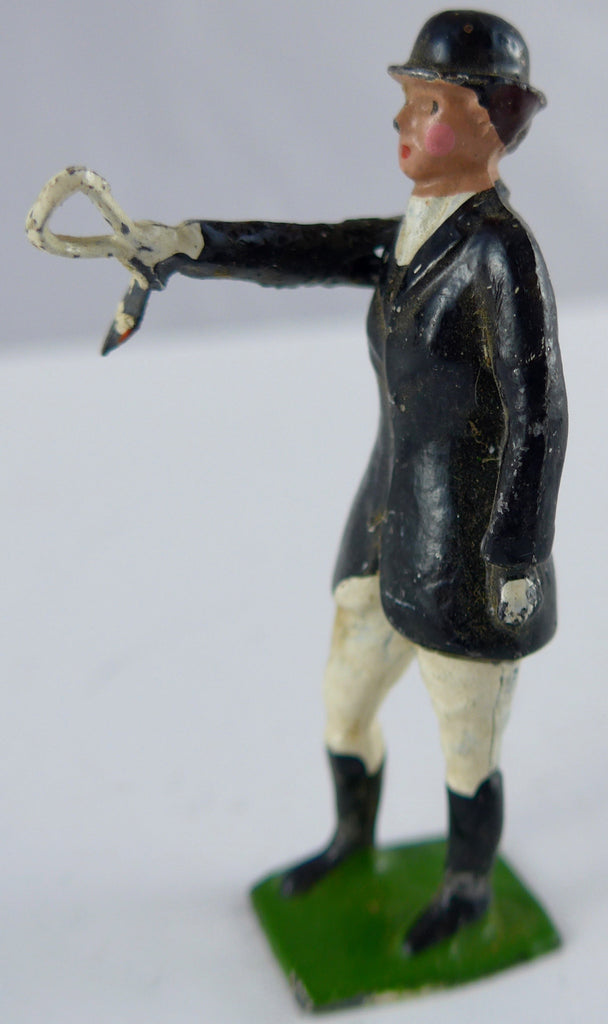 Britains Hunt Series standing huntswoman, black