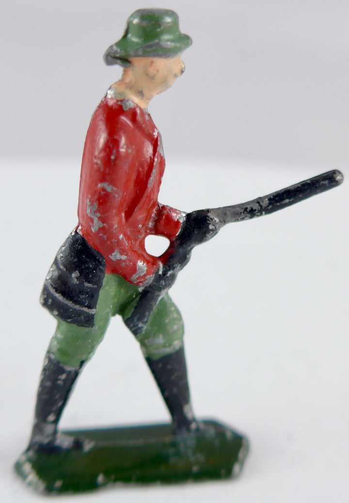 semi-flat huntsman figure