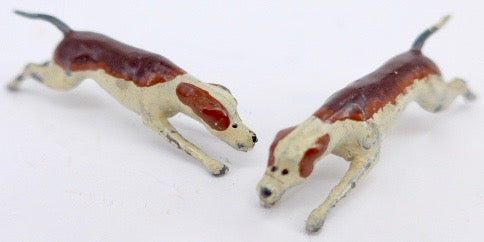 Britains early fox hounds, two running