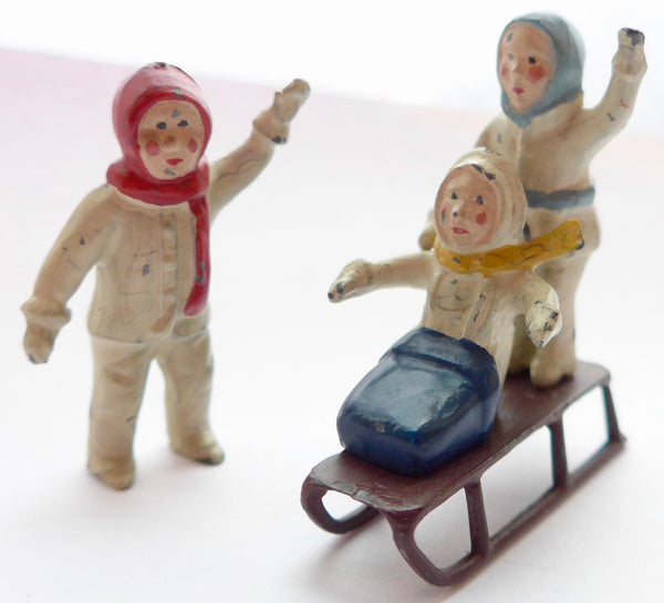 Britains snow babies sled set, very rare