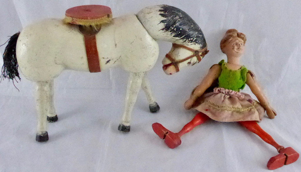 Schoenhut Humpty Dumpty circus performing horse and lady rider