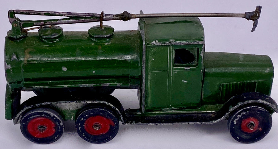 Skybirds Military 'Essolube' six-wheel refuelling truck