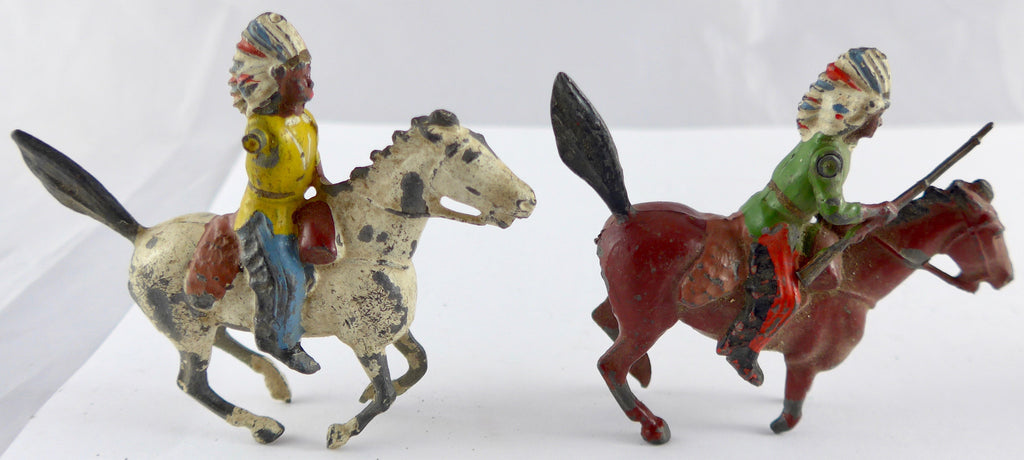 three Britains North American Indian chiefs, mounted