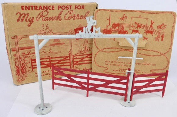 Manoil Ranch Corral Entrance Post boxed set