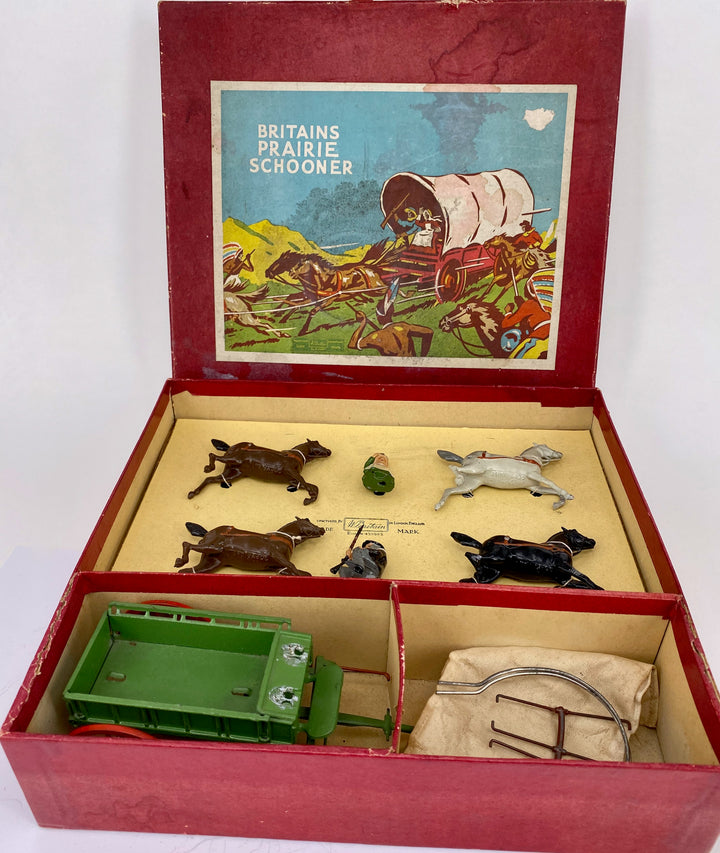 Britains Prairie Schooner, cloth tilt, boxed set