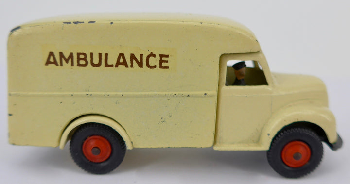 Lilliput Vehicle Series Local Authority ambulance