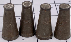 4 Dinky 0 gauge milk churns
