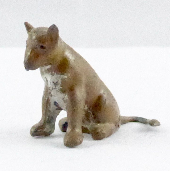 Britains lion cub seated A
