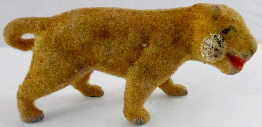 Taylor & Barrett flocked lioness