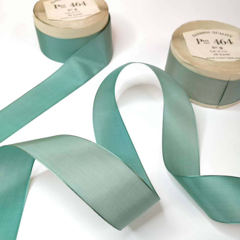 Ombre Effect 35mm Vintage 1940s Swiss Rayon 'Patt 464' No.9 Paper Wrapped Ribbon - 16m Roll