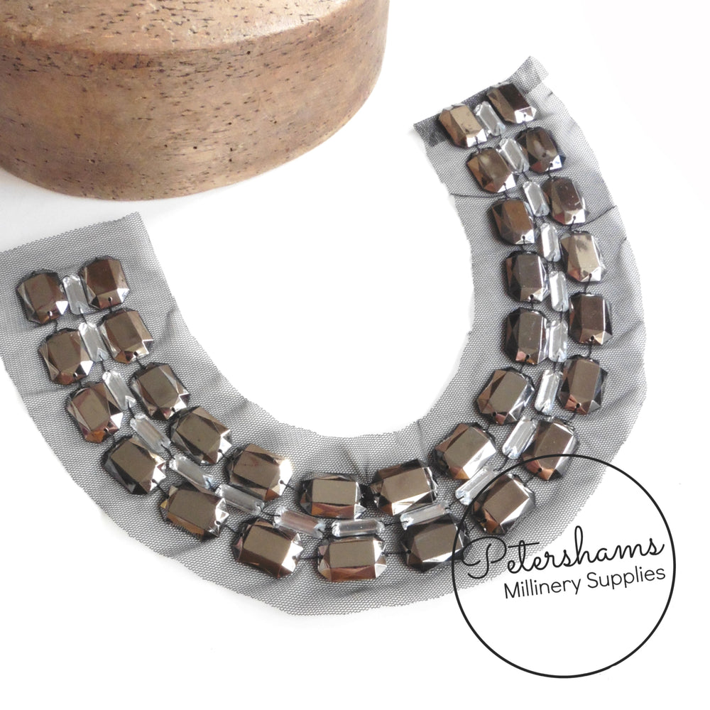 Jewelled Gunmetal Mesh Collar Motif
