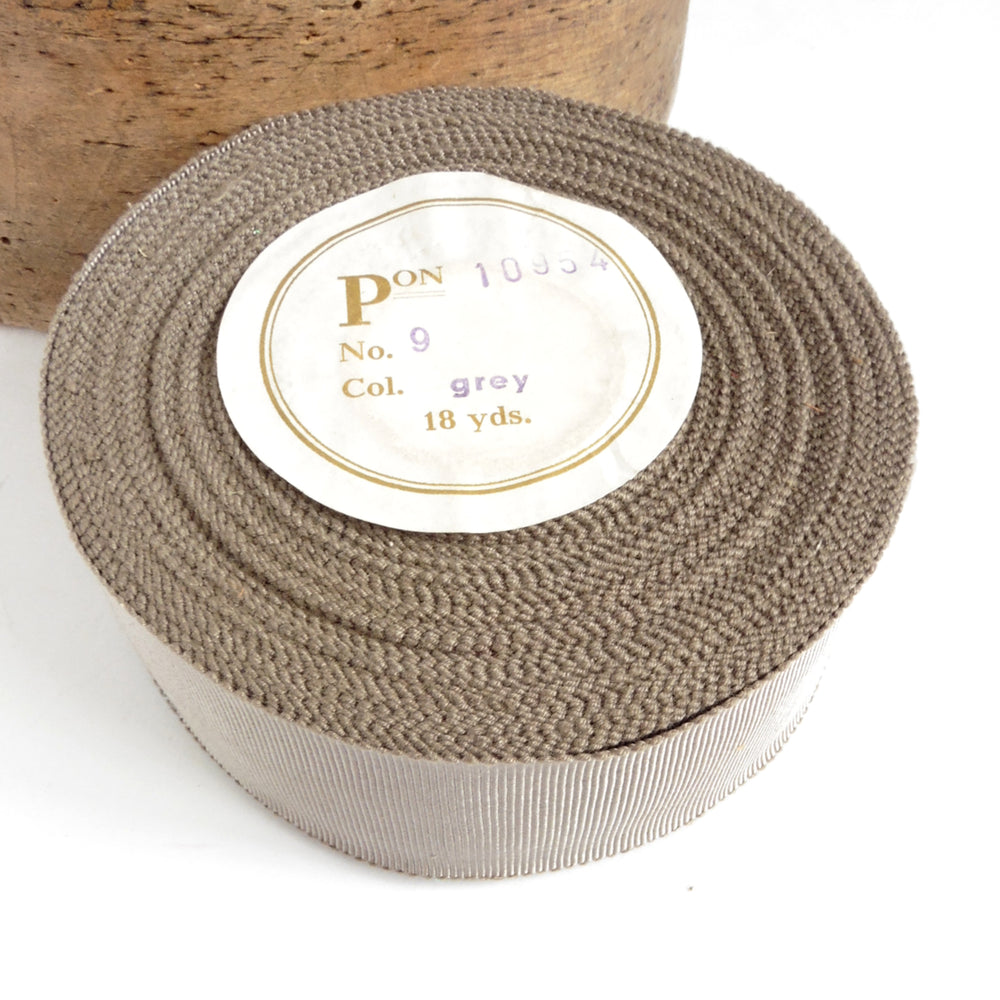 Vintage 43mm German Millinery Petersham Ribbon - 16m Roll