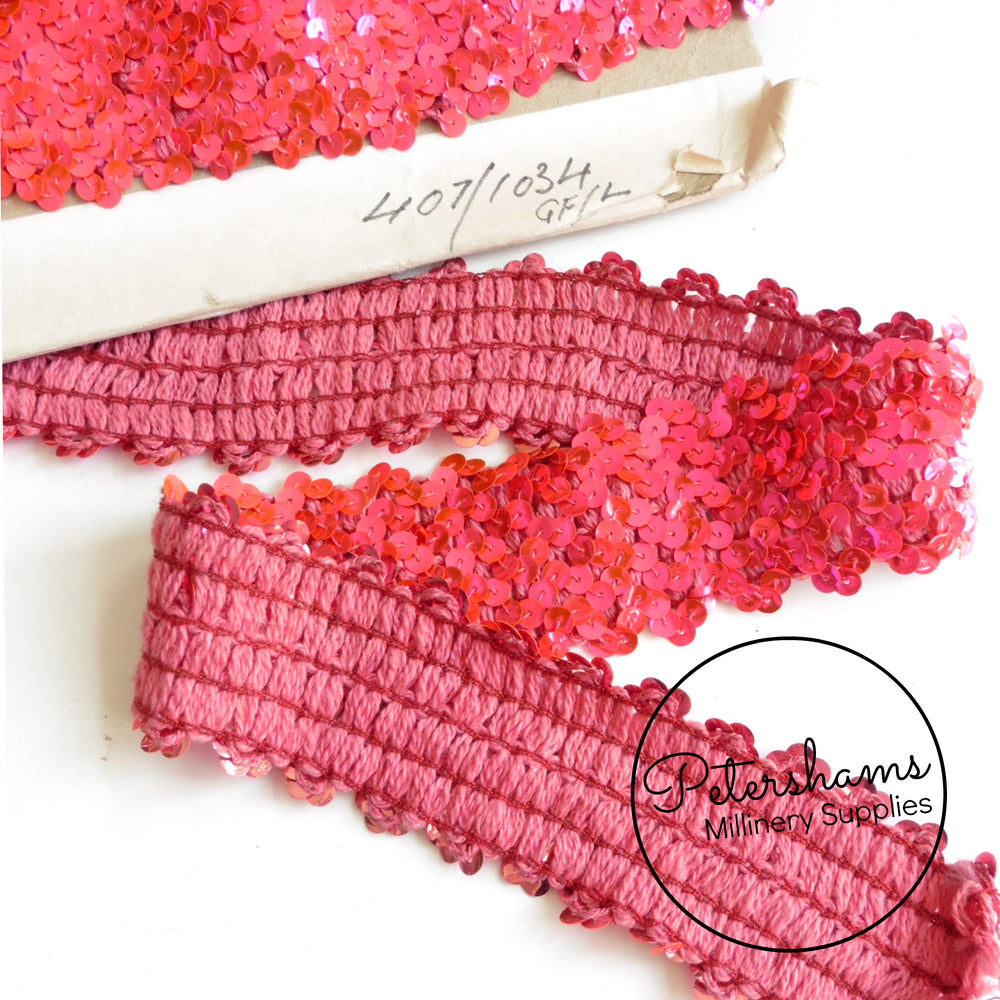 50mm Vintage 1960s Wave Sequin Trim - 1m
