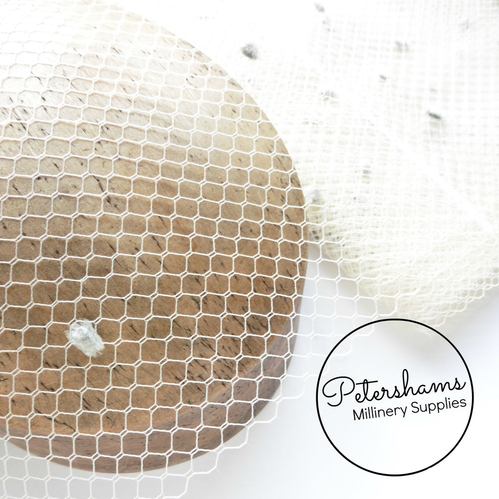 1960s / 1970s Dotted Plain Vintage Veiling -1m