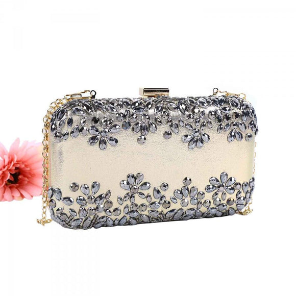 Peach Accessories 202347 clutch bag in gold or black with detachable strap