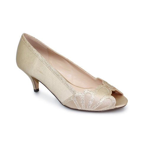 Lunar Dalia court shoe FLR470 champagne weddings races kitten heel