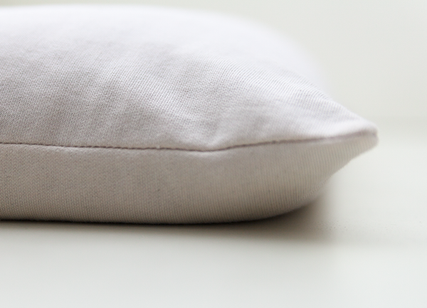 The best organic pillow made in Quebec by éco&éco