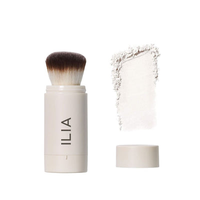 ILIA Radiant Translucent Powder SPF 20 Flow-Thru Brush and Powder Texture - AILLEA