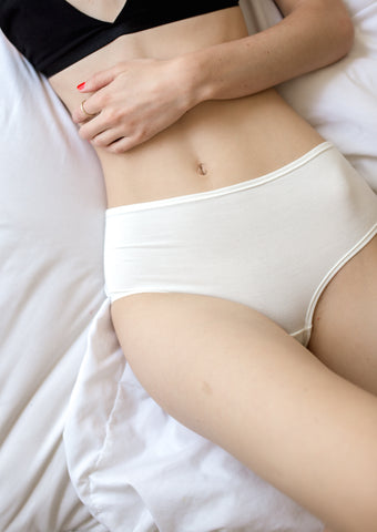 High-Rise Retro Brief in Ivory - The Bonnie