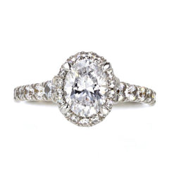 Celebrating the Oval Cut Diamond Engagement Ring