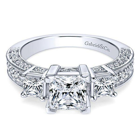 2019 Diamond Engagement Ring Trends - 3 stones