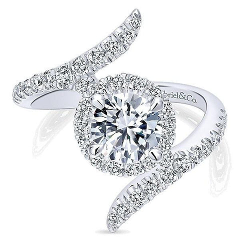 How to Include Pets in Your Proposal - Beautiful Diamond Engagement Ring