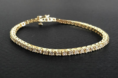 BRACELETS - 14k Yellow Gold Estate 3cttw 4 Prong Line Set Diamond Tennis Bracelet