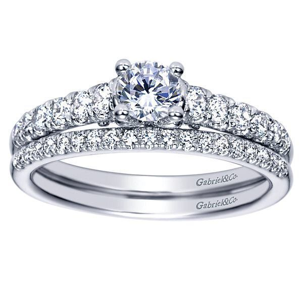 14K 3 4cttw Pave Round Diamond Engagement Ring Mullen Jewelers