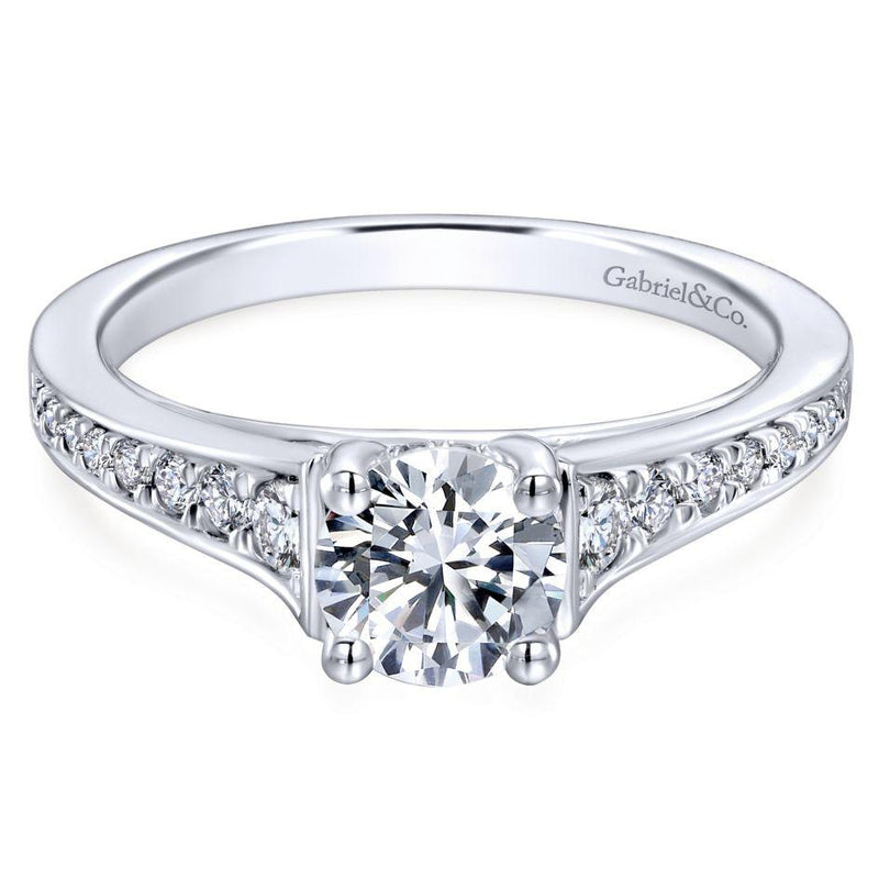 Cleaning Rings: 14K White Gold 1.02cttw Clean Tapered Round Diamond