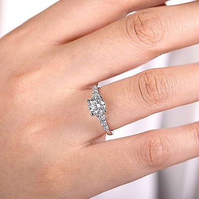 14K White Gold .50cttw Prong Set Graduated 7-Stone Round Diamond Engagement Ring Mounting