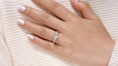 14K White Gold Vintage Station Round Diamond Engagement Ring
