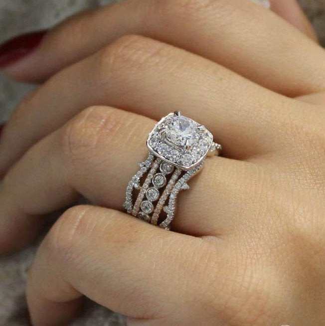 18K White Gold Stacked Vintage 5Band Diamond Engagement Mullen