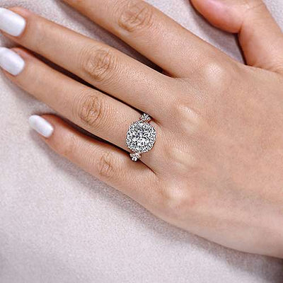 18K White Gold Halo Diamond Engagement Ring with Criss-Cross Design