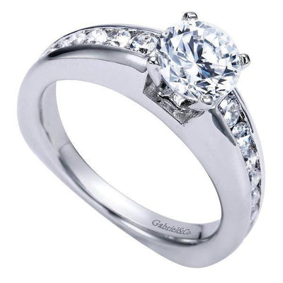 ENGAGEMENT - 1.50cttw Graduated Round Channel Set Diamond Engagement Ring With Ribbed Outer Design