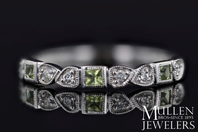 RINGS - 10k White Gold Diamond And Square Peridot Birthstone Ring