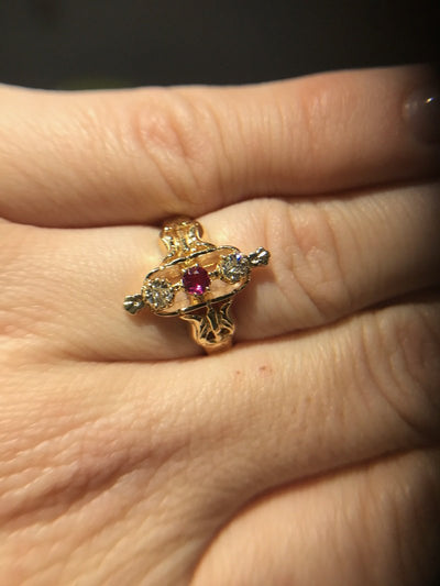 RINGS - 14k Yellow Gold Estate Diamond And Ruby Ring
