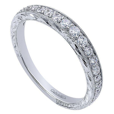 Wedding Ring - 14K White Gold .33cttw Graduated Round Diamond Wedding Band